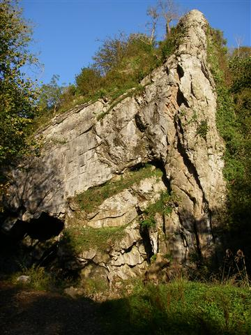 image of Bwa Maen rock formation